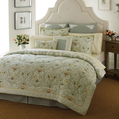 Laura Ashley Sheffield Comforter Set