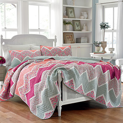 Laura Ashley Ainsley Quilt