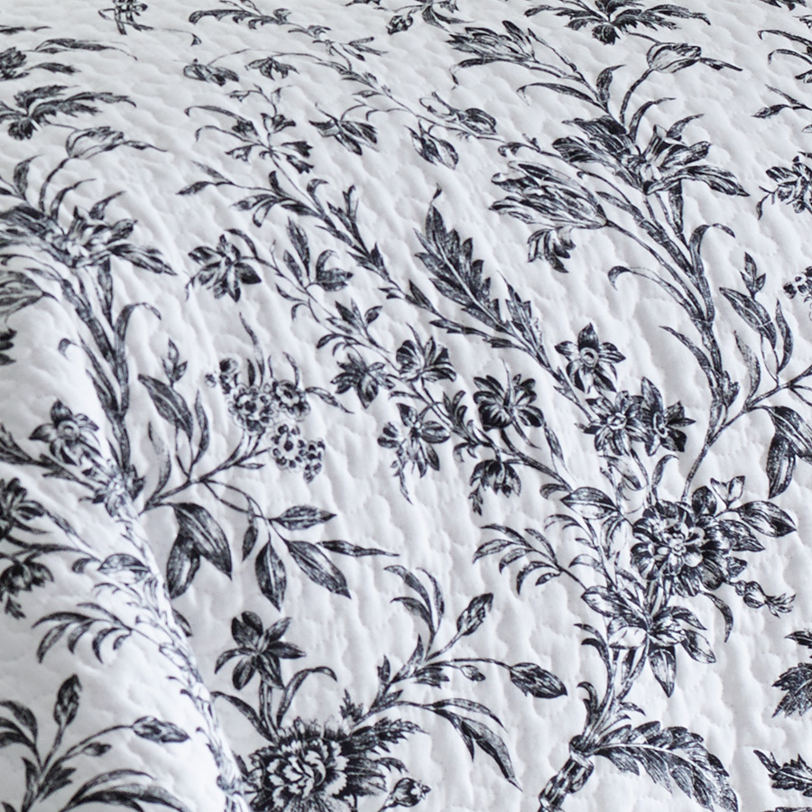 laura ashley amberley quilt set from. Black Bedroom Furniture Sets. Home Design Ideas