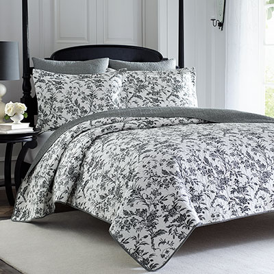 Laura Ashley Amberley Quilt Set