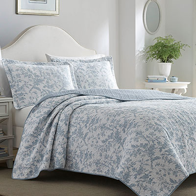 Laura Ashley Amberley Soft Blue Quilt Set From