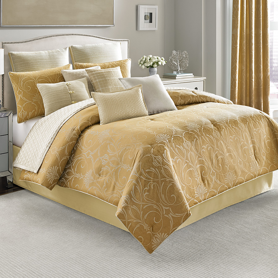 Candice Olson Amour Comforter Set From