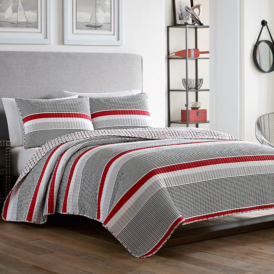 Poppy Amp Fritz Anchors Away Quilt Set From Beddingstyle Com