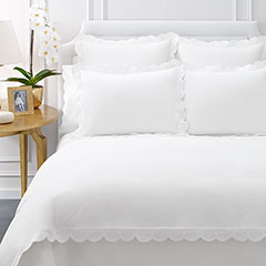 AERIN Applique Scallop White Duvet Cover