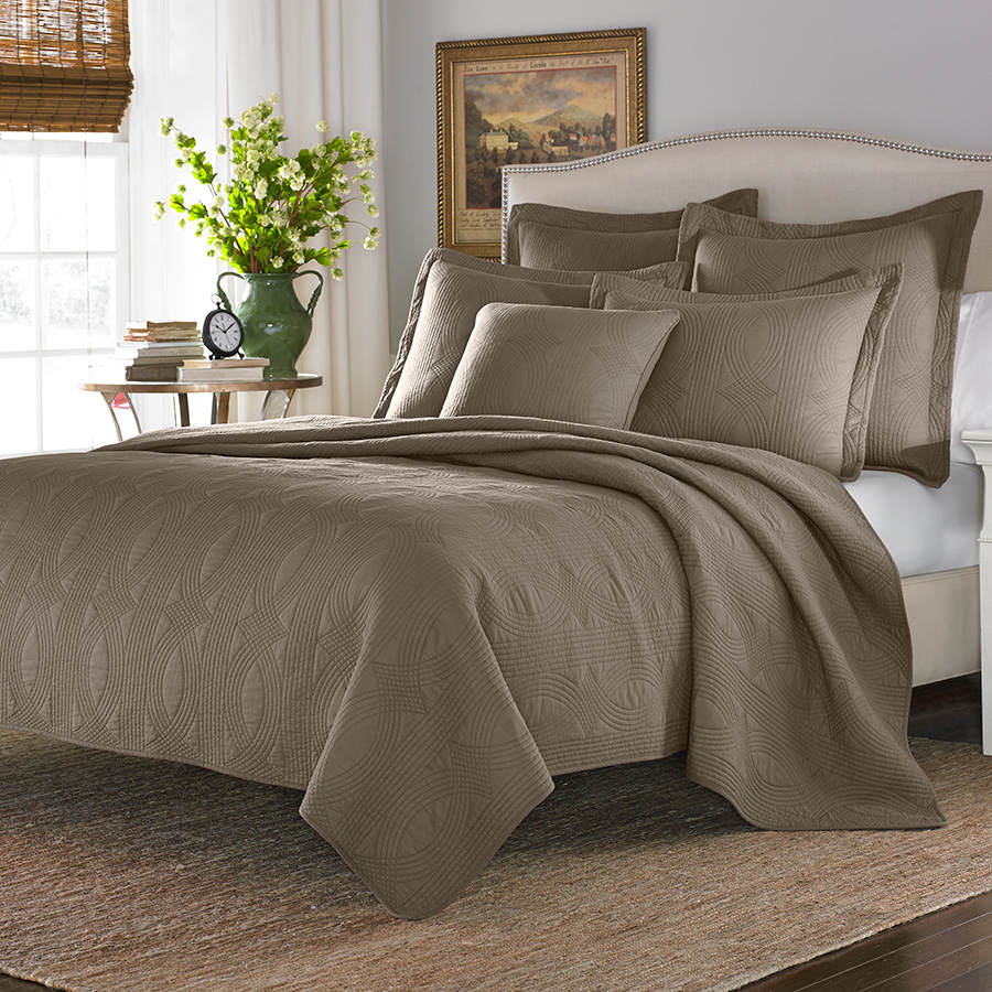 Stone Cottage Arbor Taupe Quilt Set From Beddingstyle Com