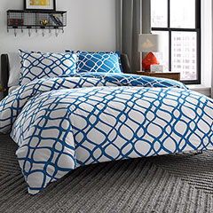 City Scene Arlo Reversible Comforter & Duvet Set