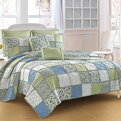 Laura Ashley Ashelyn Quilt
