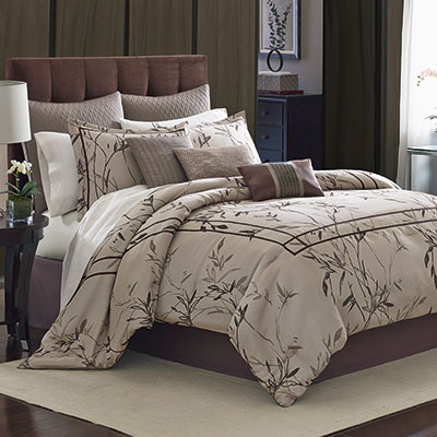 Manor Hill Aston Complete Bedding Set