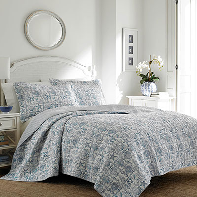 Laura Ashley Bettina Beach Periwinkle Quilt Set From