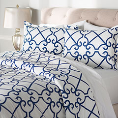 City Scene Bonnie Navy Comforter & Duvet Set