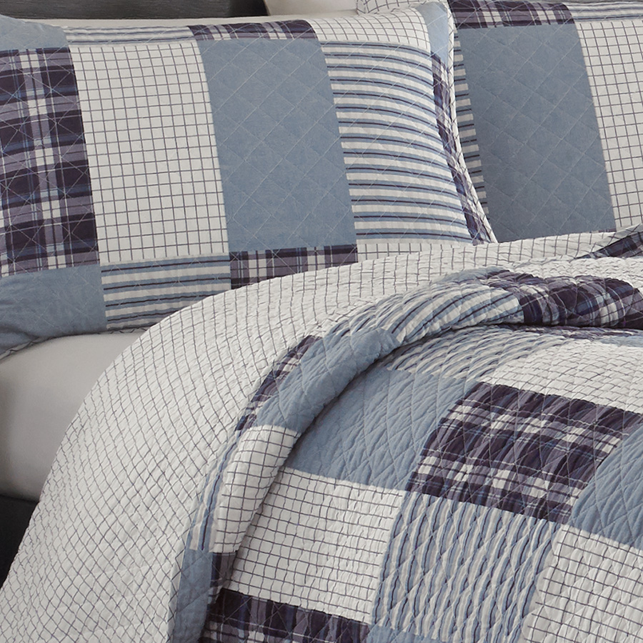 Eddie Bauer Camano Island Plum Wine Quilt Set From