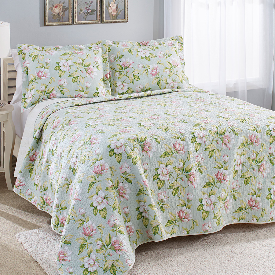 laura ashley carlisle quilt set from. Black Bedroom Furniture Sets. Home Design Ideas