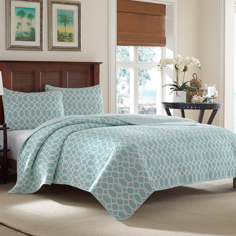 Tommy Bahama Catalina Trellis Harbor Blue Quilt Set From