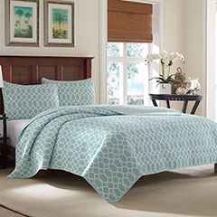 Tommy Bahama Catalina Trellis Harbor Blue Quilt Set