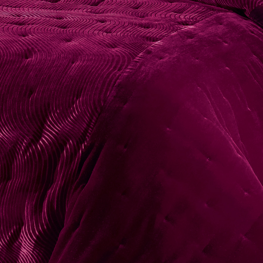 Kevin O Brien Cirrus Deep Red Coverlet From Beddingstyle Com