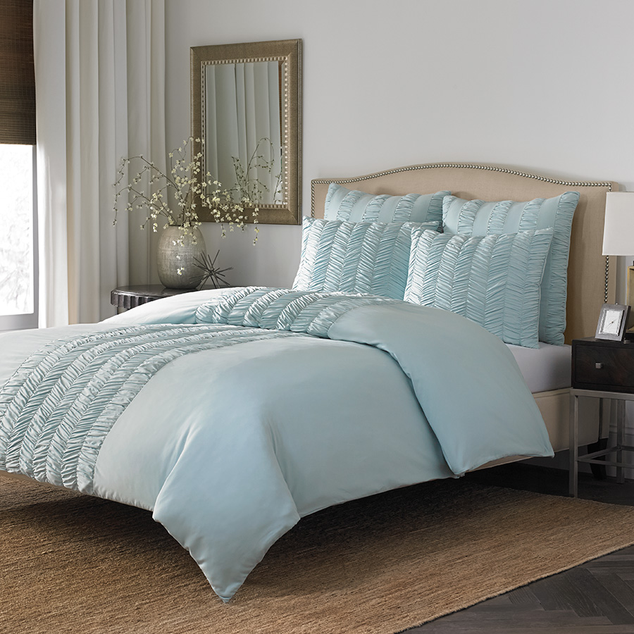 Stone Cottage Corinna Azure Comforter Set From