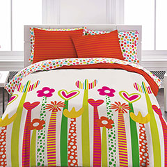 Agatha Crazy Icons Comforter Set