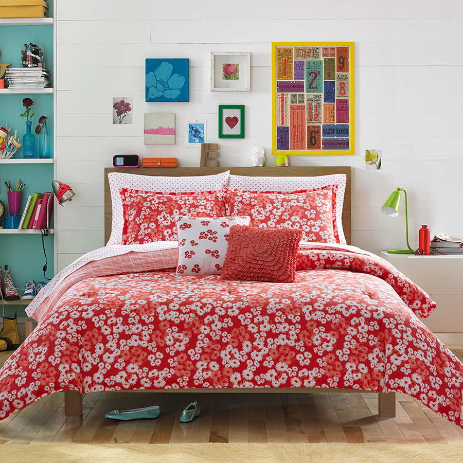Chic for Cheap.: Teen Vogue does decor.
