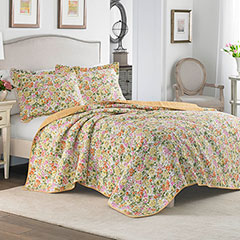 Laura Ashley Delia Apricot Quilt Set