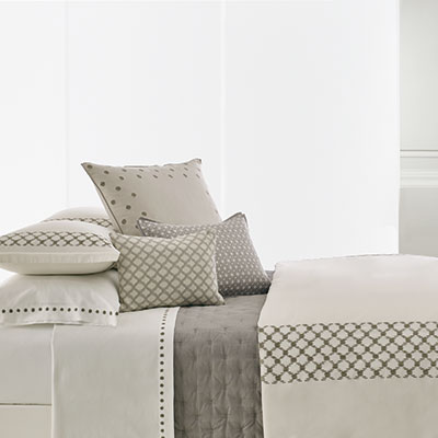 Vera Wang Embroidered Lattice Duvet Cover