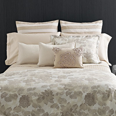 Vera Wang Etched Roses Duvet Cover