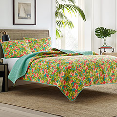 Flamingo Road Quilt Set