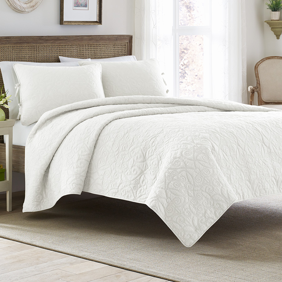 Laura Ashley Felicity White Quilt Set From