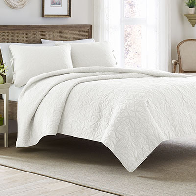 Laura Ashley Felicity White Quilt Set