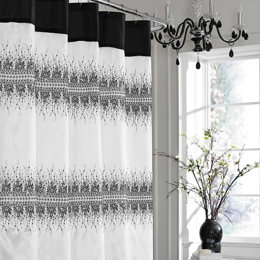 Click here for Shower Curtain (Manor Hill Giselle) prices