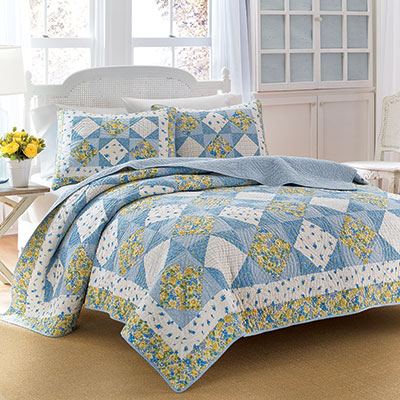 Laura Ashley Grace Quilt
