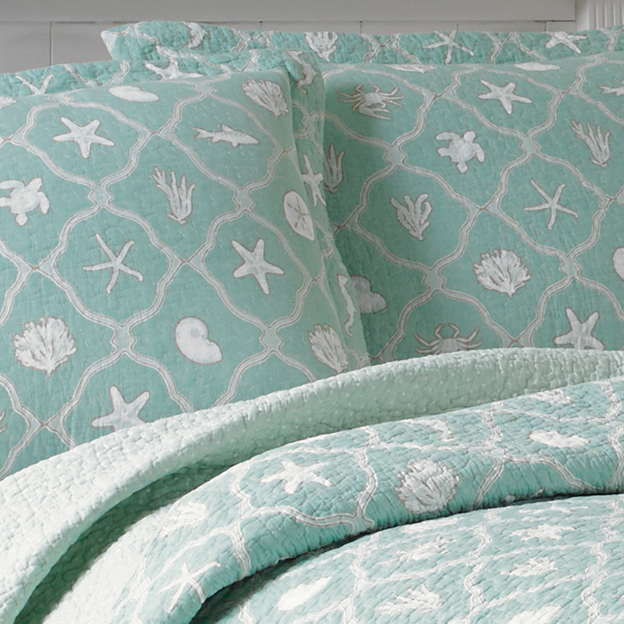 Laura Ashley Hyannis Quilt Set From Beddingstyle Com