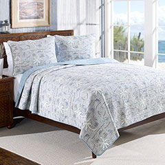 Island Song Pelican Gray Quilt Set