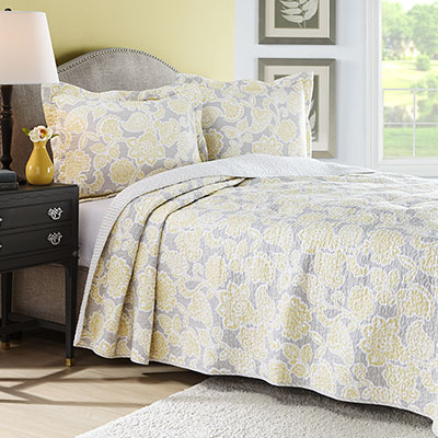 Laura Ashley Joy Quilt Set From Beddingstyle Com