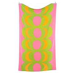 Kaivo Pink Beach Towel