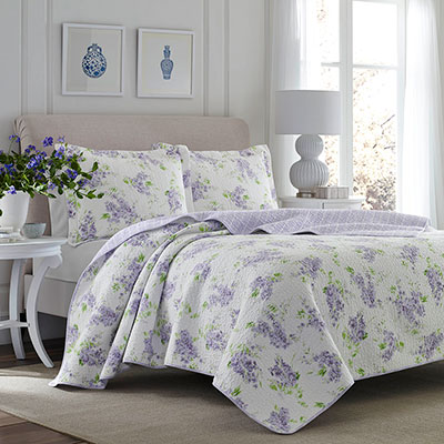 Laura Ashley Keighley Quilt Set