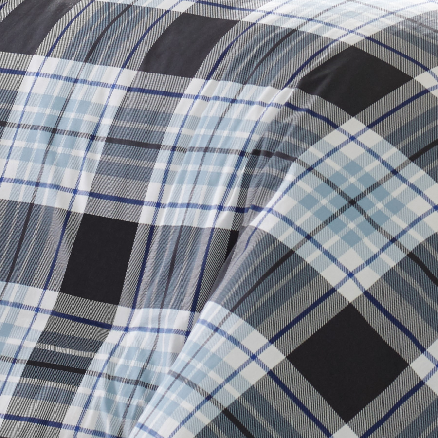 Eddie Bauer Lewis Plaid Comforter And Duvet Set From