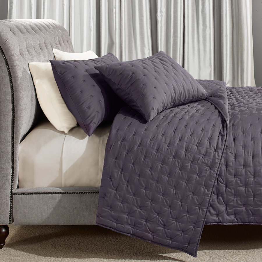 Vera Wang Luster Quilt Collection From Beddingstyle Com