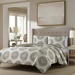 Stone Cottage Medallion Quilt Set
