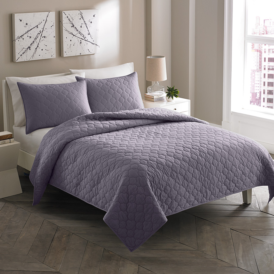 City Scene Moroccan Medallion Shadow Purple Quilt Set from ...
