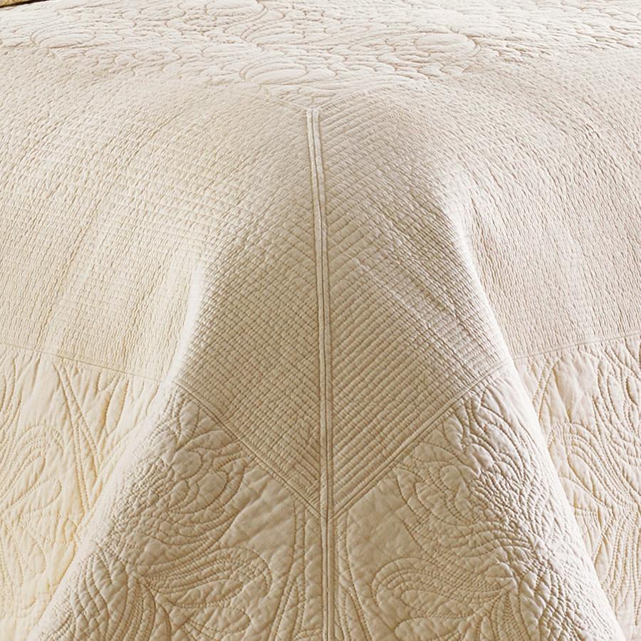Tommy Bahama Nassau Ivory Quilt Set From Beddingstyle Com