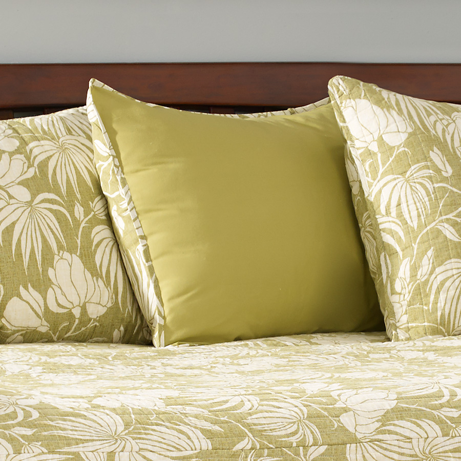 Tommy Bahama Plantation Floral Lime Daybed From