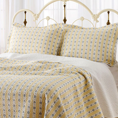 Laura Ashley Primrose Hill Quilt Set