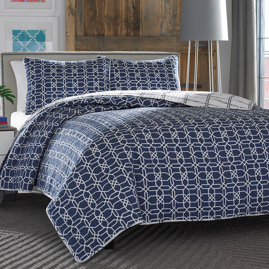 City Scene Puzzle Navy Quilt Set From Beddingstyle Com