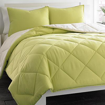 City Scene Reversible Green Comforter Set From