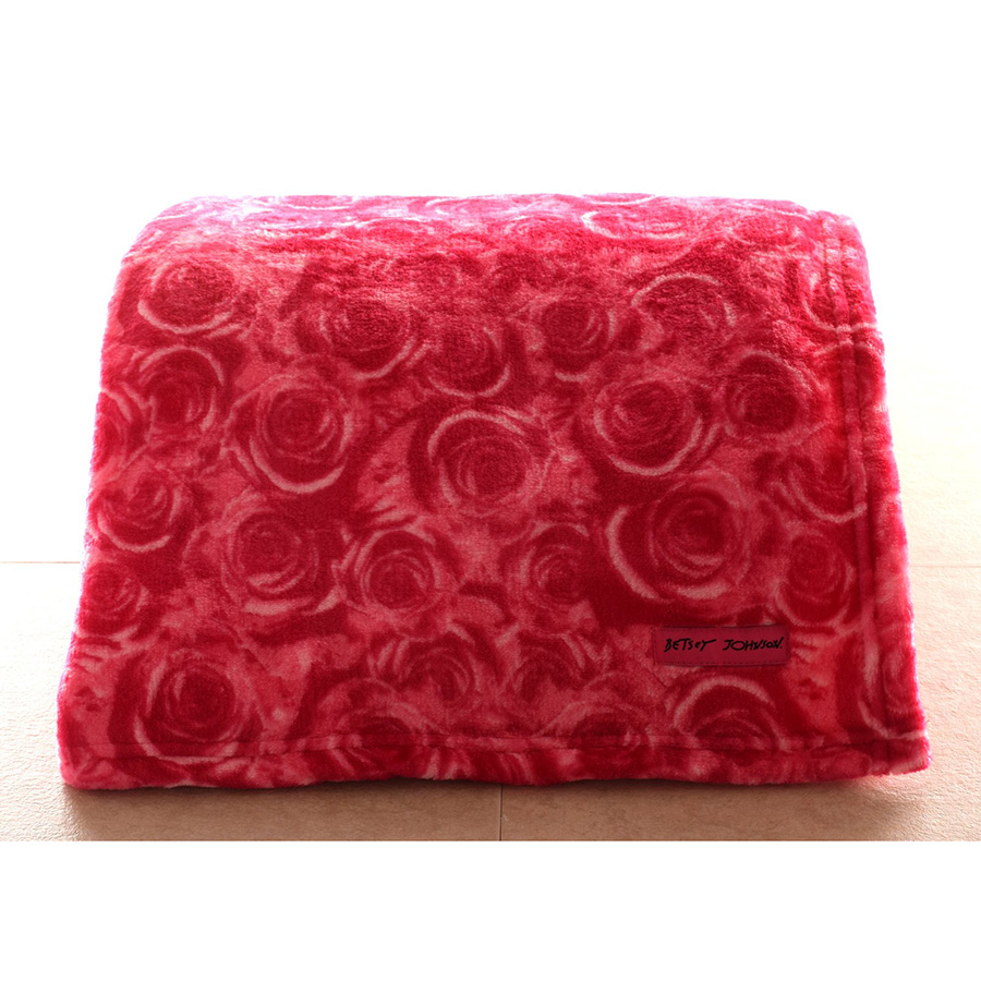 Throw Blanket Betsey Johnson Roses