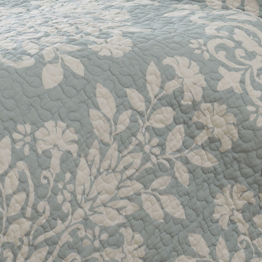 Laura Ashley Rowland Blue Quilt Set From Beddingstyle Com