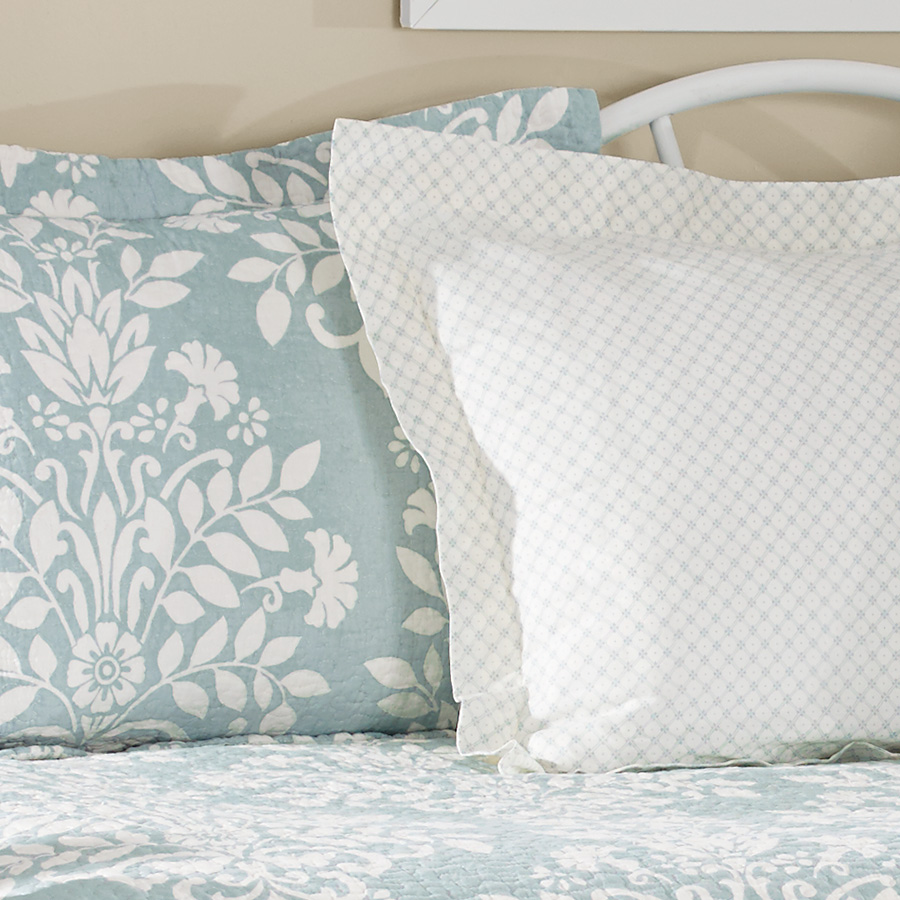 Laura Ashley Rowland Blue Daybed Set From Beddingstyle Com