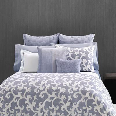 Vera Wang Scrolls Duvet Set From Beddingstyle Com