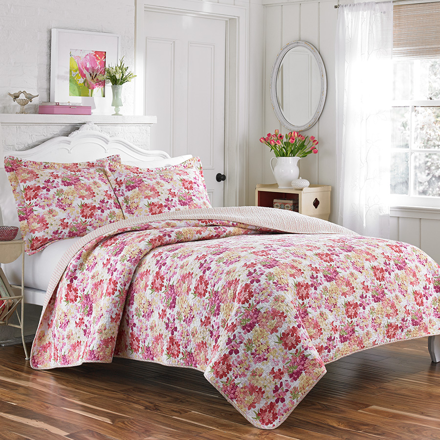 Laura Ashley Secret Garden Coral Quilt Set From