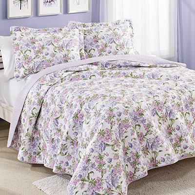 Laura Ashley Sherborne Raspberry Quilt Set